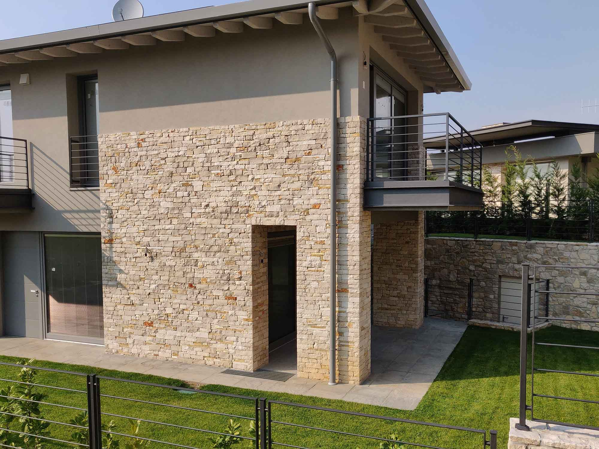 Borgo Ca de vei, Iseo, villa bifamiliare C2 in vendita